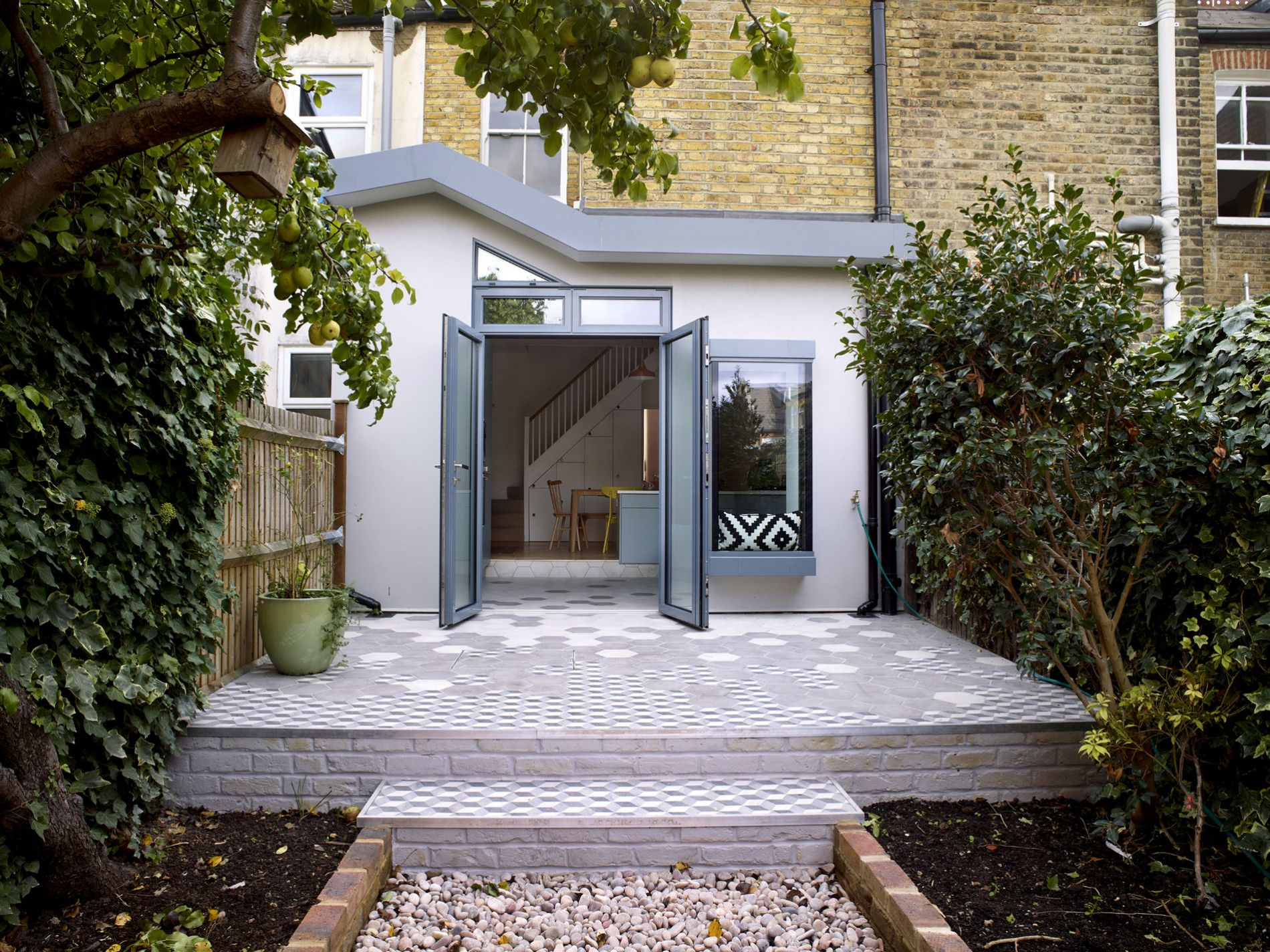 Rear house kitchen extension in Waveney Ave, London
